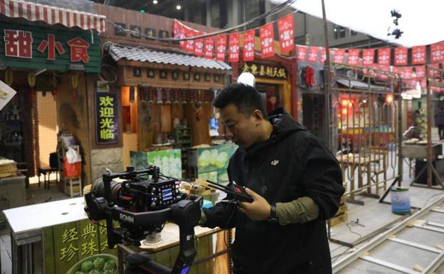 China reta a Hollywood con el mayor estudio de cine del mundo