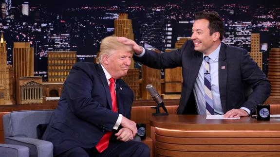 Jimmy Fallon y Donald Trump en 'The Toninght Show'./