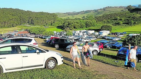La Playa De San Vicente Resuelve El Problema Del Aparcamiento El Diario Montañes